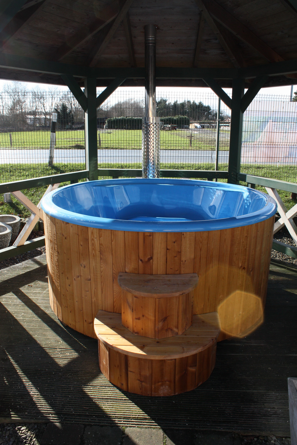 hot tub badebottich badetonne badefass badezuber 200cm integrier holzofen delux ebay. Black Bedroom Furniture Sets. Home Design Ideas